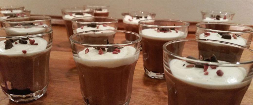 chokolademousse med kaffelikør og amaretti