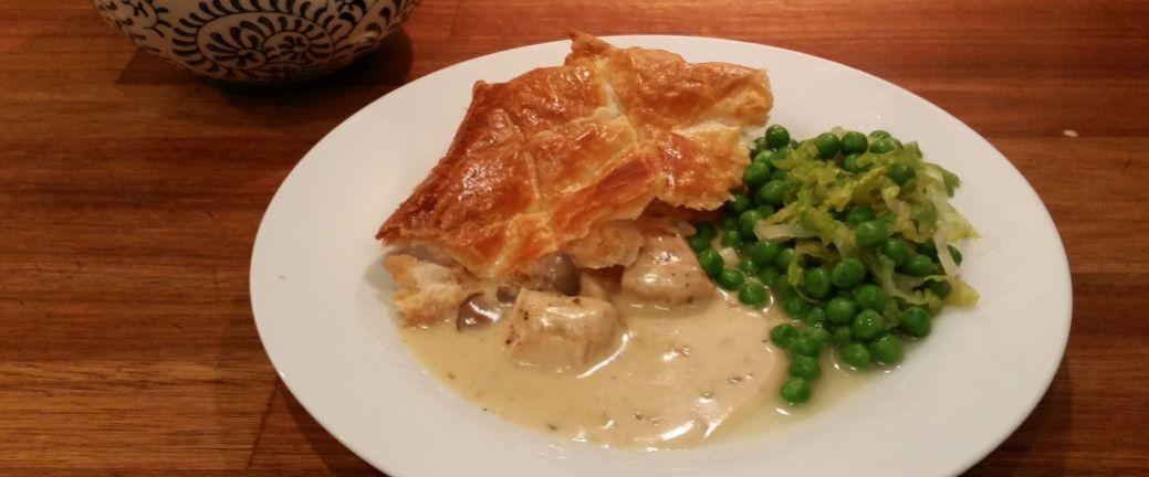 Kyllingepie med champignong og franske ærter_B1040